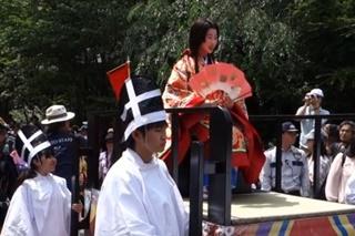 照姫行列の画像