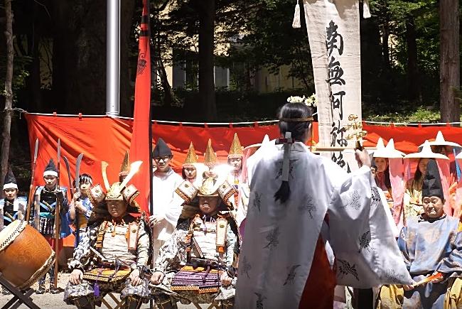 出立式(湯殿山神社)