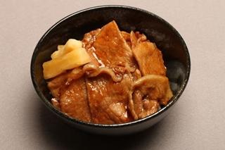 焼肉飯(スァオロウファン)